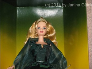 Emerald Enchantment Barbie (Close up)