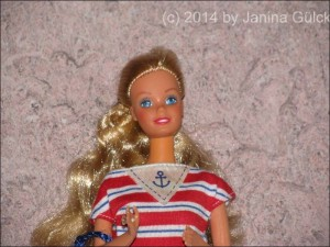 Sea Lovin Barbie (Close up)